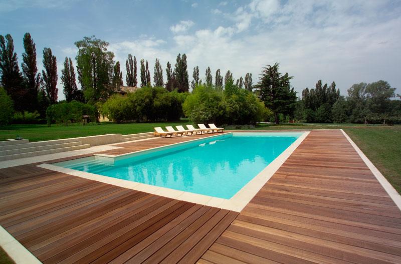 Acerpool costruzione piscine concessionario piscine - Pavimenti bordo piscina in legno ...